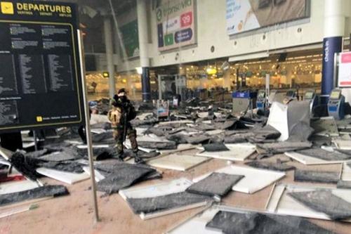 Bruxelles quarta bomba non c'entra: errore taxi salva vite