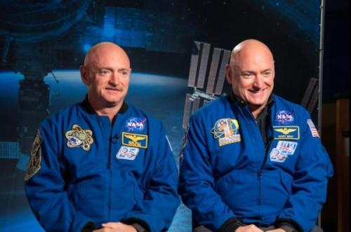 Spazio, il dna dei gemelli astronauta modificato dopo un anno sull'Iss