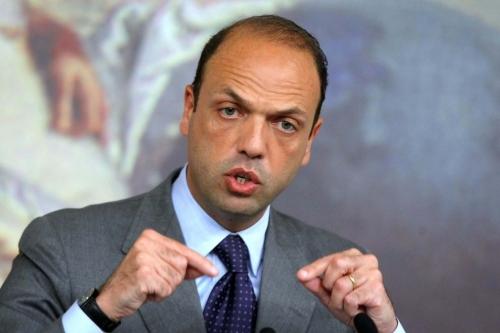 Legge elettorale, Alfano al Pd: