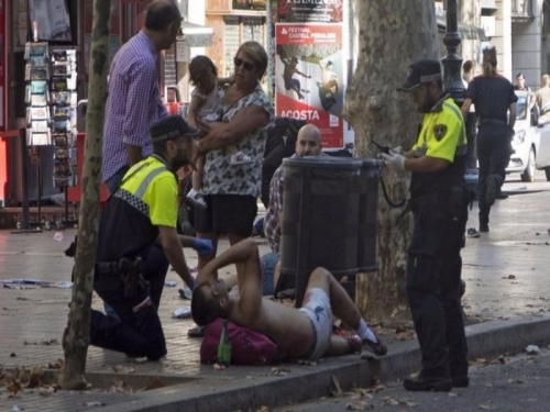 Attentato Barcellona, Madrid ammette: