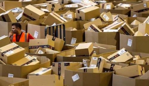 L'Agcom contro Amazon: